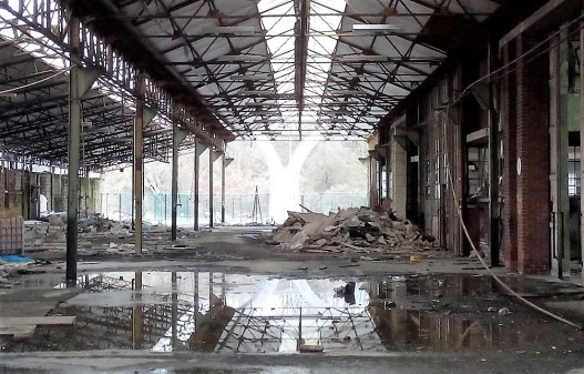 Abandoned Factory, by Dimi - Copy (2)