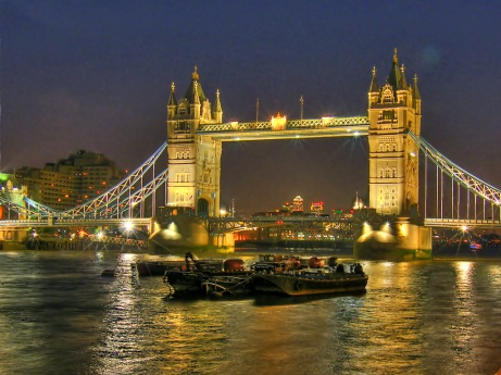 Tower Bridge (HDR), by Adriano Aurlio Araujo